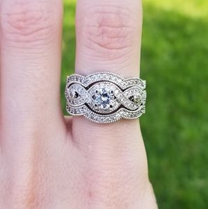 Jewelry - 🆕️(Sz7&8)10K WGF- White Sapphire Ring Set